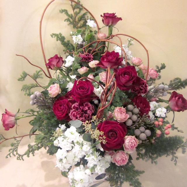 還暦祝いに贈るアレンジメント シックで落ち着いた雰囲気バラのアレンジメント 人気NO1