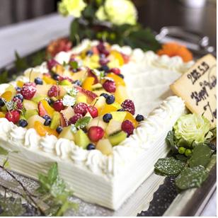古民家レストランのウェディング 料理は本格的なイタリアン 特別なウェディングケーキもお作りいたします